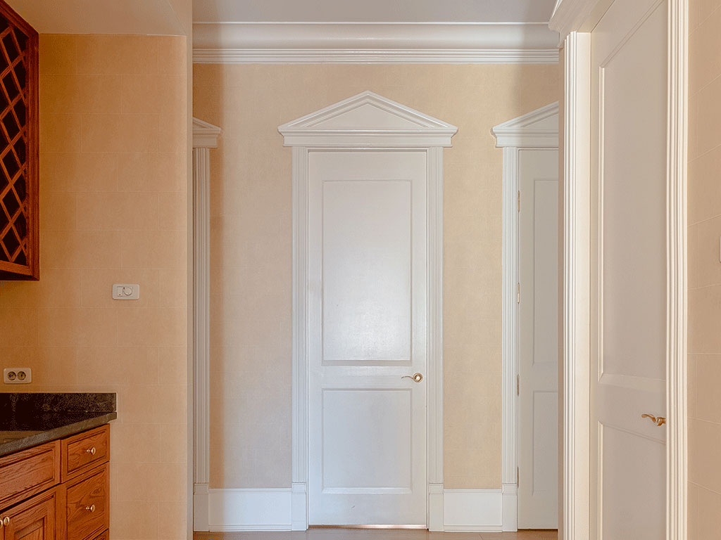 Двери и порталы